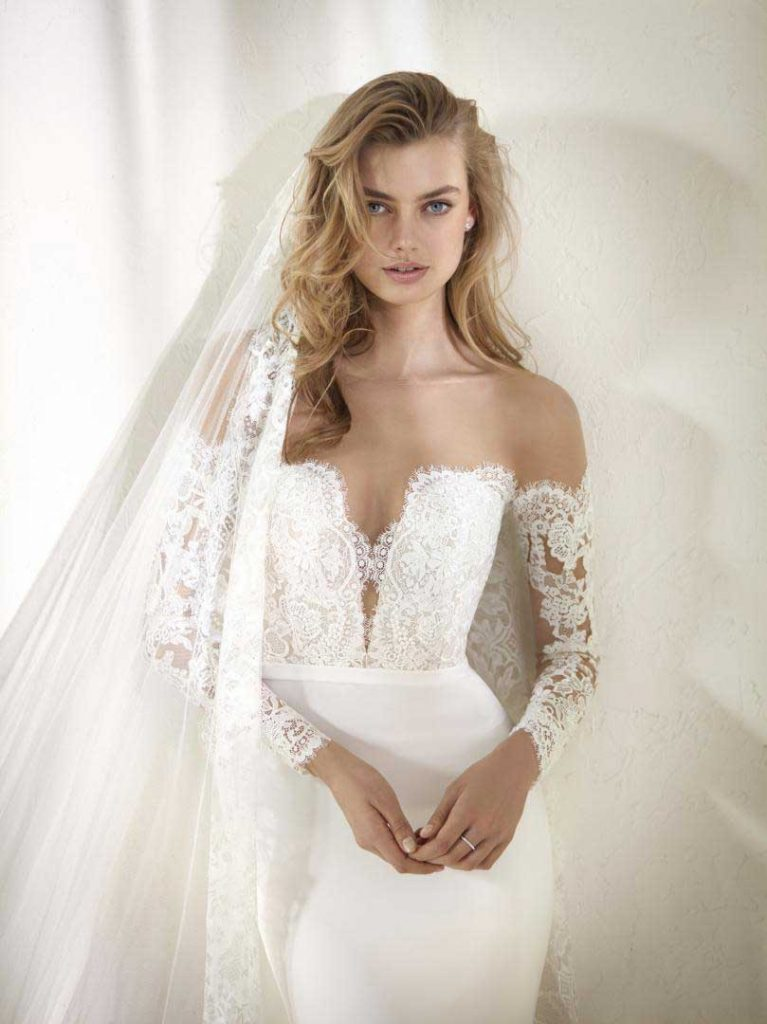 coral-gables-brides-pro-novias-collection